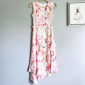 Calvin Klein    NWT Asymmetrical Hem Floral Dress